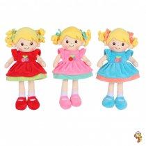 Muñeca musical de peluche tres colores 35 cm